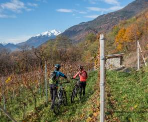 Ebike wine tour – Grumello e Inferno